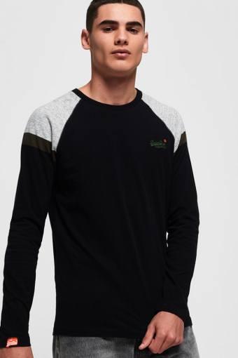 O L Eng'D Sleeve Baseball T-skjorte Black