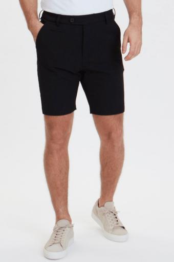 Como Shorts Black