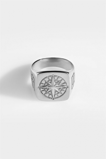 Oversize Compass Ring Silver